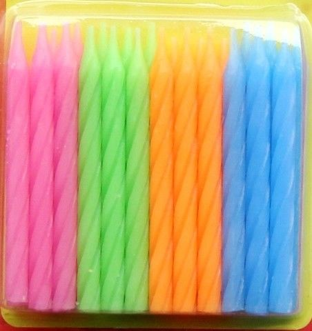 Eco Friendly 24Pcs Simple Swirl Birthday Candles With 4 Colors 12pcs Flower Holder