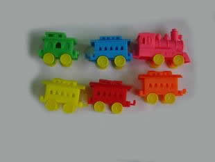 Colorful Train Plastic Birthday Cake Candle Holders Sets Customized Free Sample